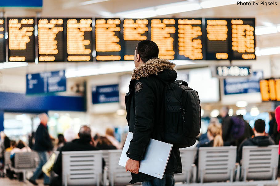 AI helps resolve travel disruptions - Bridge Global blog